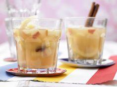 Warmer Apfelpunsch mit Rosinen
