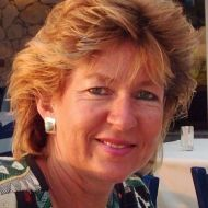 Dee Macniven | English Trainers & Specialists