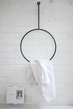 annaleenas-hem-round-rack