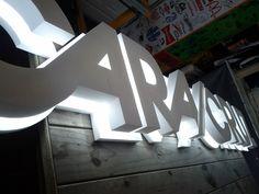 #letras #corpóreas #mallorca www.luminososmca.com
