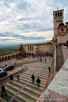 Assisi, Italy // by Pasquale Vitale via Flickr. I went there during a summer festival lot of years ago, totally recommended.