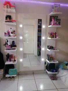 Room Design Bedroom, Room Ideas Bedroom, Bedroom Themes, Bedroom Decor For Teen Girls, Teen Room Decor, College Roommate, Small Room Design, Cute Room Decor, Beauty Room