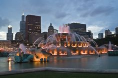 Buckingham Memorial Fountain (Chicago, Illinois, USA)