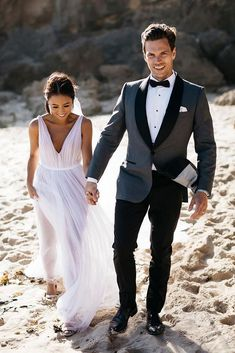 21 Groomsmen Attire For Perfect Look On Wedding Day - Groomsmen/groom - Groomsmen Attire Grey, Groom Outfit, Bridesmaids And Groomsmen, Groom Attire Black, Groom Suits, Wedding Tux, Wedding Dresses, Gothic Wedding, Man Wedding Dress