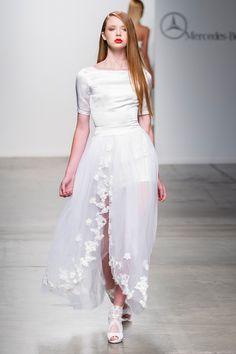 Vivienne Hu Collection presentation for Spring 2015 - New York Fashion Week - by Robert Essl - www.robertessl.com Waist Skirt, High Waisted Skirt, Vivienne, Spring 2015, New York Fashion, Presentation, Tulle, Runway, Collections