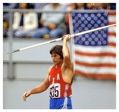 Bruce Jenner at Montreal 1976 Olympic Games 1976 Olympics, Summer Olympics, Bruce Jenner, Asian Games, Star Wars, Commonwealth Games, The Way Back, Track And Field, Sport