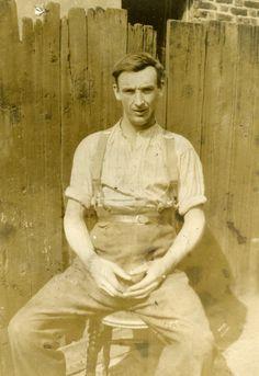 East End (Docks) labourer. 1929. Canning Town.