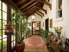 Hacienda Style House Plans with Courtyard