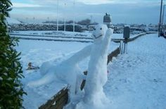 Porno snowmen, an awesomely rude way to piss off your neighbors | Dangerous Minds