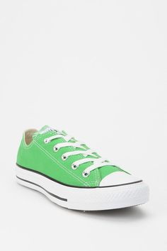 Go green! #urbanoutfitters