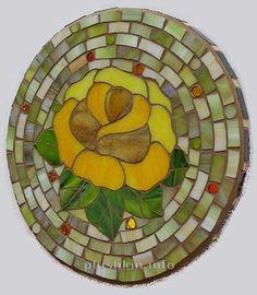 Rose mosaic trivet - Подставка под горячее с мозаикой-розой