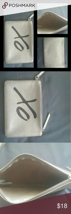 Price drop for fast sale. XO gray and black Bannan Republic wristlet. Bags Clutches & Wristlets