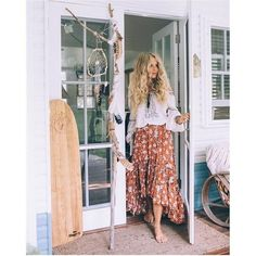 Embroidery Lace Doll Style Boho Blouse - Full Pattern Floral Broadcloth Cotton Embroidery Style. Lantern Long Sleeve. Slash neck Size: S,M,L,XL ( Also in Blue color) Unit:CM size length bust sleeve S 50 90 58 M 50 92 58 L 50 94 59 XL 50 96 59