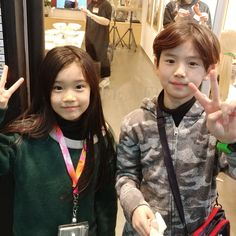 Cute Baby Twins, Twin Baby Boys, Cute Asian Babies, Korean Babies, Asian Kids, Cute Little Baby, Twin Babies, Baby Kids, Cute Korean Boys