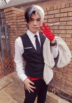 """nipahdubs: """" """"If he doesn't scare you, no evil thing will"""" My male Cruella De Vil cosplay based on SakimiChans design. No fur coat yet though D: """""""