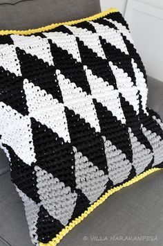 Crochet Harlequin cushion-I want to make this into an afghan with red trim!