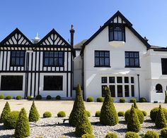 A truly stunning manor house wedding venue in rural Cambridgeshire, that's stylish, elegant, chic and just an hour from London. Beautiful Wedding Venues, Around The Worlds, London, Mansions, House Styles, Mansion Houses, Manor Houses, Fancy Houses, London England