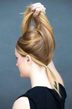 Sådan sætter man løst hår