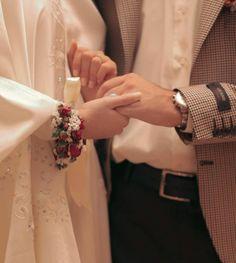Muslimah Wedding Dress, Muslim Wedding Dresses, Muslim Brides, Cute Love Images, Cute Couple Pictures, Eye Pictures, Cute Muslim Couples, Cute Couples Goals, Muslim Girls