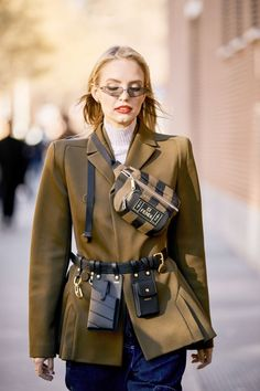 NYC Girls Are About to Be All Over This New Belt-Bag Trend See and shop the utility belt bags for spring that our editor is loving right now. Womens Fashion Online, Latest Fashion For Women, Fashion Bags, Fashion Accessories, Fashion Outfits, Women's Fashion, Elegante Y Chic, Waist Purse, Belt Purse