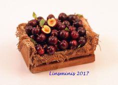 12th Scale Miniature ** Plum Crate **...IGMA Fellow #Linsminis