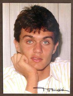 His eyes so enchanted Paolo maldini Cute Little Baby, Little Babies, Paolo Maldini, Legends Football, Shadow Art, His Eyes, Enchanted, Milan, Wallpaper