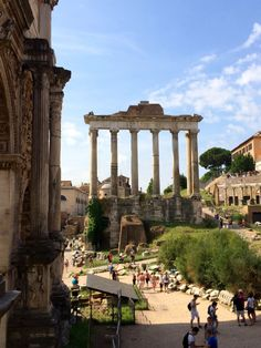 Classic Hotel Columbia, Sightseeing in Rome and How to Find Authentic Italian Cuisine in the Most Touristy Areas of Italy Europe Holidays, Italy Holidays, Ancient Ruins, Ancient Rome, Rome Travel, Italy Travel, Places Around The World, Travel Around The World, Places To Travel