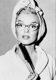 """"""" Marilyn Monroe on the set of How to Marry a Millionaire (1953) """""""
