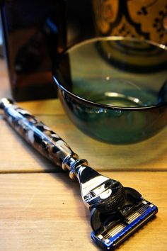 A true luxury razor made from custom mixed acrylic and accented with chrome fittings, this razor handle fits the world class Gillette Fusion cartridge. This razor is finished with our proprietary Cirlex coating making it durable and water resistant. The handle measures approximately 5 inches and is tapered to give it a heavy weight and balance and features black, gray, white, and tan stone-like patterns. Expertly crafted for a discriminating and stylish buyer. This razor will instantly add…