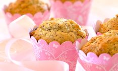 Need a recipe for a delicious muffins? Try this quick lemon and poppyseed muffins recipe for a delicious baked treat today. Stork – love to bake. Muffin Recipes, Baking Recipes, Lemon Poppyseed Muffins, Yummy Snacks, Stork, Treats, Breakfast, Kos, Yum Yum
