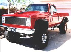I would fall head over heels for a sweet country boy with an old lifted truck like this. Damn. A girl can wish...