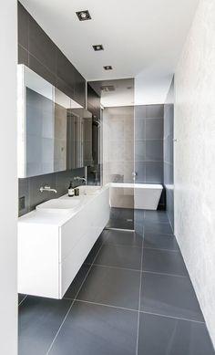 Modern Bathroom Tile, Bathroom Design Luxury, Bathroom Design Small, Contemporary Bathrooms, Bathroom Interior, Master Bathroom, Bathroom Vanities, Bathroom Splashback, Interior Fit Out