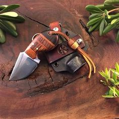 DERBY in 5160 with stabilized Ebony, Lace and Zebrawood, with White Oak Liners handle and copper pin-SR Knives And Tools, Knives And Swords, Survival Knife, Survival Gear, Global Knife Set, Mens Toys, Neck Knife, Knife Sheath, Tactical Knives