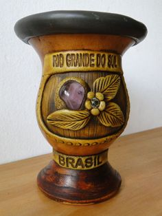 Leandropoeta - cuias para chimarrão com pedras semi preciosas