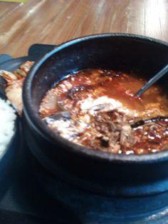 Chicken curry by recipetrekker.com