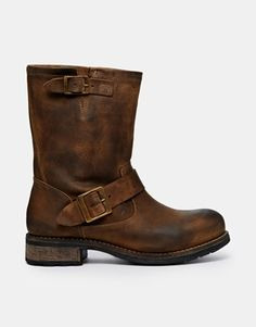 Buffalo Cleopatra Biker Boots