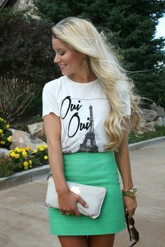 Lovely Little Style - Tweed and a Tee Devil Wears Prada, Summertime Sadness, Classy And Fabulous, Daily Fashion, Passion For Fashion, Tweed, Dress Skirt, Going Out, What To Wear