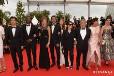 Equipe du Film Qu'est ce qu'on a fait au bon dieu  (Photo RACHID BELLAK) #Cannes2014 #DESSANGE Beau Film, Star Francaise, Palais Des Festivals, Bridesmaid Dresses, Wedding Dresses, Films, Photos, Fashion, Cannes Film Festival