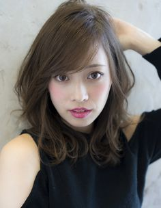 61 Shoulder Length Hair Cuts with Layers « Ami Tokito Shoulder Length Hair With Bangs, Layered Haircuts Shoulder Length, Bangs With Medium Hair, Medium Layered Haircuts, Medium Hair Cuts, Medium Hair Styles For Women, Short Hair Styles, Asian Hair, Hairstyles Haircuts