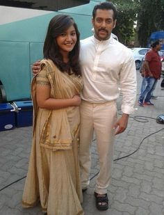 #SalmanKhan on The Shooting Set of #PRDP . #Bollywood ▬► http://www.salmankingdom.com/exclusive-photos-salman-khan-shooting-prem-ratan-dhan-payo/
