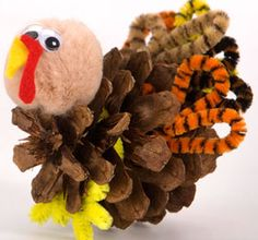 Cute lil turkey crafts for Thanksgiving!