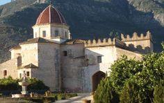 Monasterio de Valldigna (Copyright Ruta de los Monasterios) Os invitamos a visitar: http://revista.destinosur.com/pdf57/alzira.pdf http://www.turismohumano.com/boletines/104.html www.valldignaturisme.org
