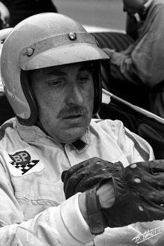 Le Mans, Formula 1, Sport Cars, Race Cars, Types Of Races, Vintage Helmet, Races Style, Gilles Villeneuve, Racing Helmets