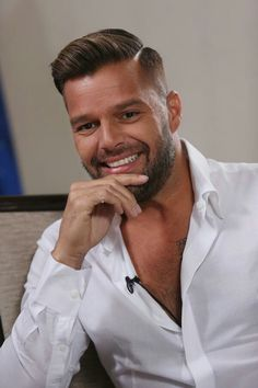 "The Puerto Rican pop singer 'Ricky Martin' is also an actor and author. The all-boy pop group that he beganRead More ""Ricky Martin Hairstyles"" Mens Hairstyles Side Part, Boy Hairstyles, Celebrity Hairstyles, Mens Hair Part, Great Haircuts, Haircuts For Men, Hair And Beard Styles, Short Hair Styles, High Fade Haircut"