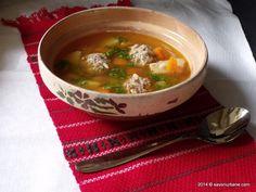 Ciorba de perisoare din carne de pui sau curcan (18) Romanian Food, Romanian Recipes, Soup Recipes, Ethnic Recipes, Cooking Food, Bebe, Soap Recipes