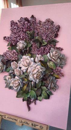 Mavicini Sculpture Art, Sculptures, Mixed Media Techniques, Decoupage Art, 3d Cards, Cold Porcelain, Paper Art, Mosaic, Floral Wreath