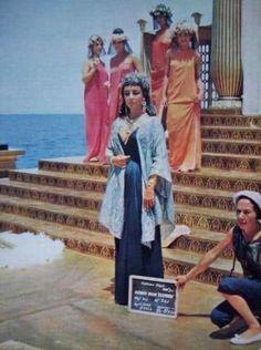 Everlasting Love, Elizabeth Taylor, Cleopatra, Fashion, Moda, Fashion Styles, Fashion Illustrations