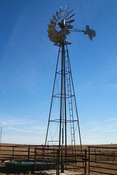 A Texas windmill !