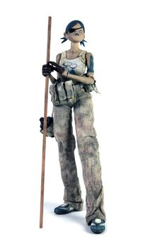 7 Bones : Queeny 1/6 Figure by ThreeA   Queeny is the name of the third Seven Bones character in the Popbot Universe and the only known Tomorrow Queen in Seven Bones. She is the seventh figure released under the TK Classics series. Queeny comes with a one-page comic providing a little backstory to Queeny as the first Tomorrow Queen and leader of the Seven Bones. She features completely unique head and shoe sculpts, four new hands, and bo staff and EMP grenade accessories.