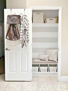Inspiratie en ideeën voor een kleine gang. Met weinig ruimte voor al je jassen en schoenen moet je de ruimte in de gang slim gebruiken.